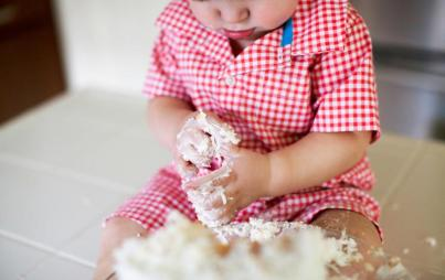 Third Child Party Favors: My favor to you was providing booze and grilled meats. Image: Thinkstock.