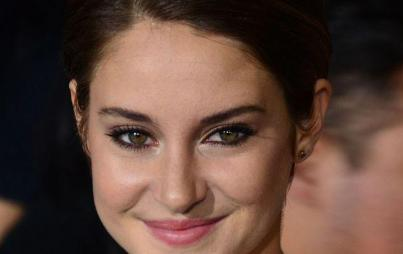 Shailene Woodley, clay-eating's No. 1 fan